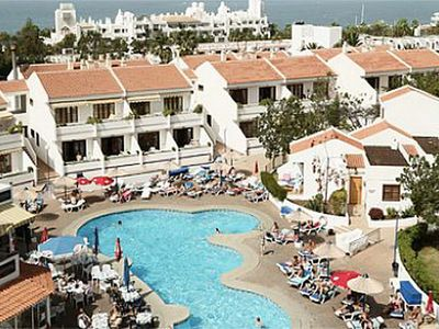 Photo for Nice apartment by the beach in Las Americas center will all facilities onsite