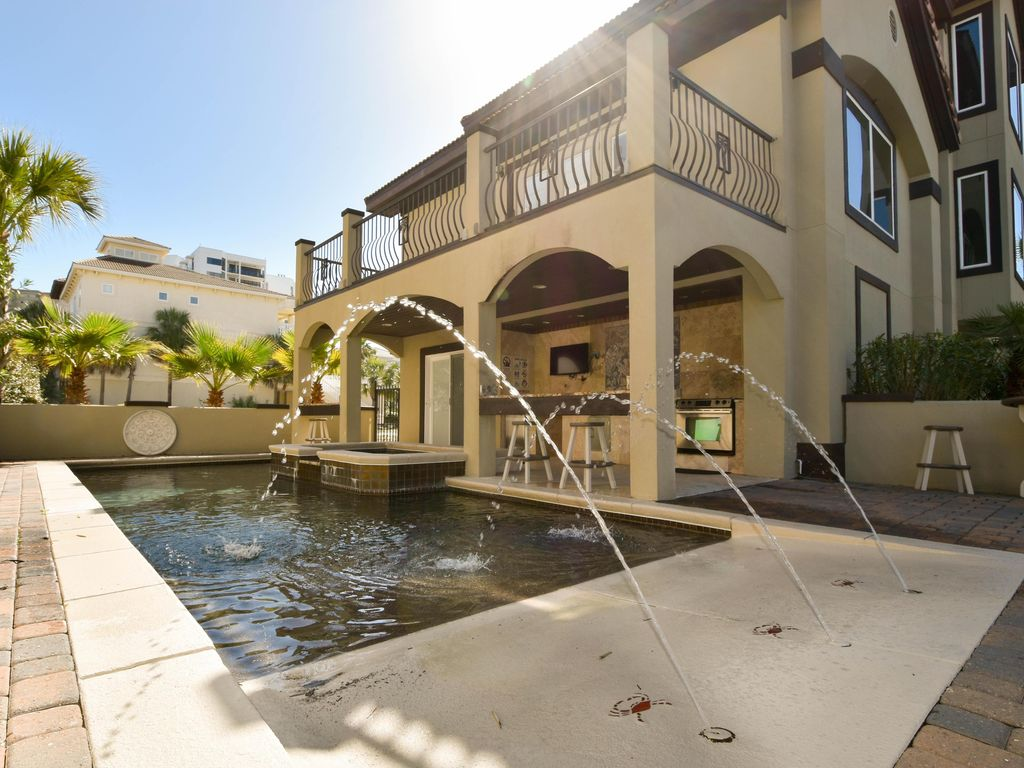 3 Story Beach Home Private Pool Hot Tub Vrbo