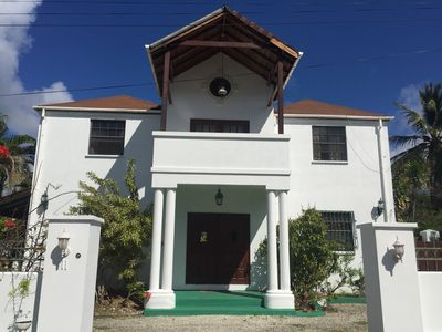 Spacious villa with private pool & walk to beach