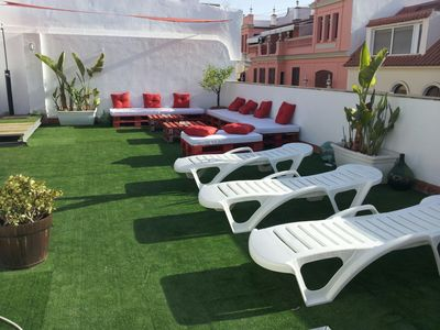 Photo for Doña Lola 1B apartment in Macarena with WiFi, air conditioning, shared terrace, jacuzzi & lift.