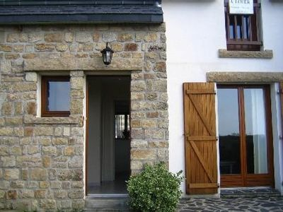 Photo for House sleeps 6, close to the beaches, spa and shopping