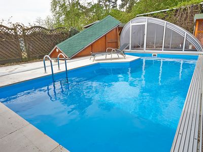 Photo for Holiday house with pool and sauna in the woods on the Elbe Cycle