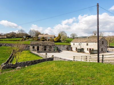 Photo for 2 bedroom Barn in Ashford in the Water - PK502
