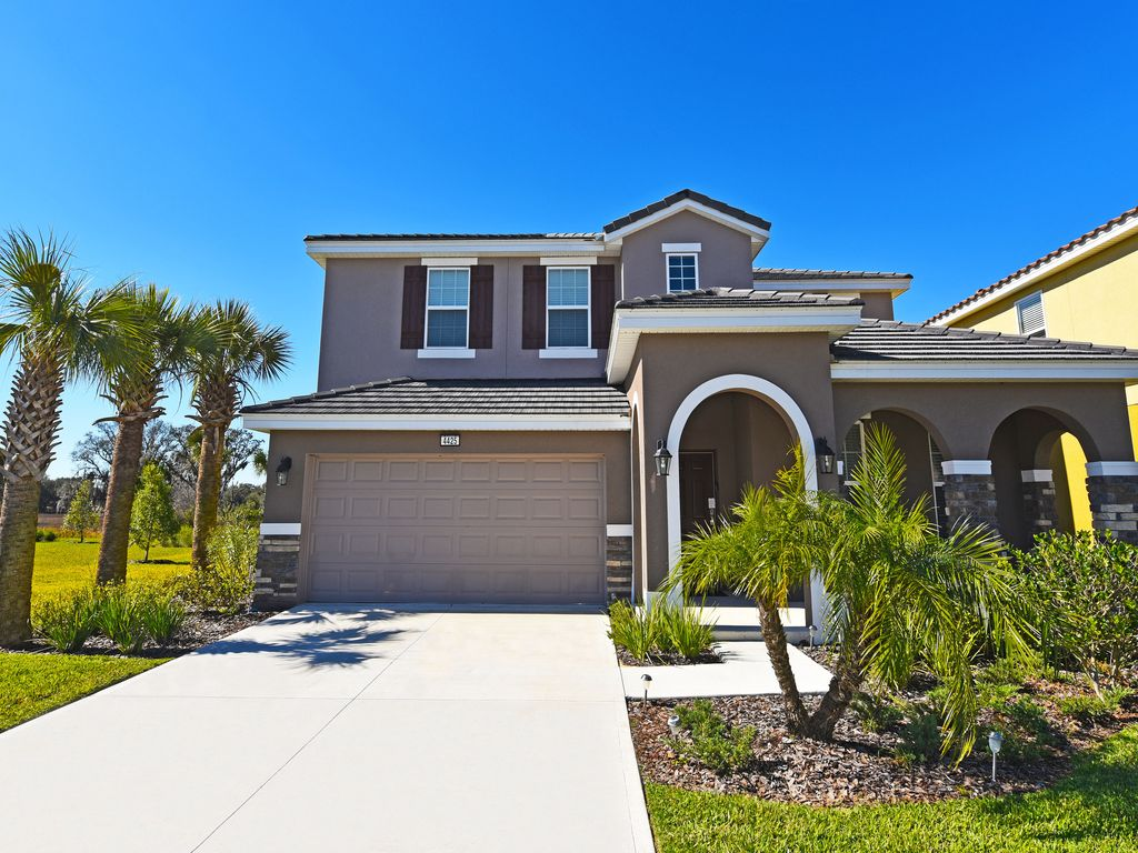 Beautiful 5 Bed Gated Pool Home At Solterra Homeaway