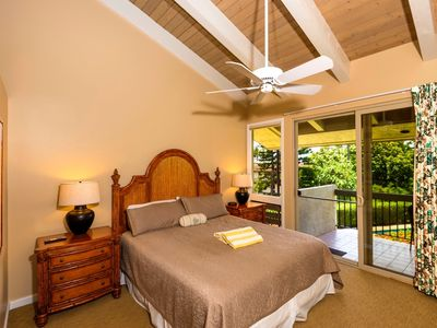 Photo for Spacious 3 Bd Townhome footsteps to pristine white sandy beach of One Napili Bay