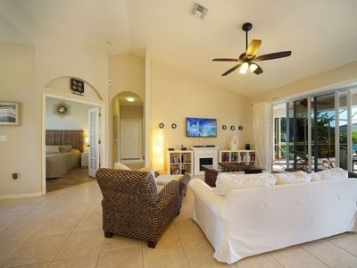 Photo for Vacation home Florida Sunshine in Cape Coral - 8 persons, 4 bedrooms