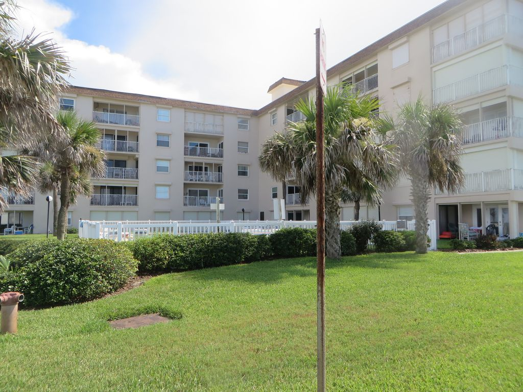 Property Image Ormond Daytona Beach Florida Vacation Rental Ground Unit With Ocean