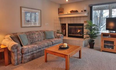 Comfy 2 Bedroom, 2 Bath Condo #110 @ Trout Creek, Kitchen, Fireplace-By Heated Pools, Hiking Trails.