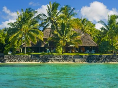 Photo for Typical Mauritian beach-front thatch-roofed villa, truly tempting..!