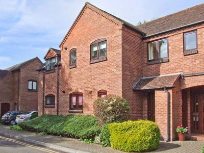 Photo for 9 Bancroft Place, STRATFORD-UPON-AVON