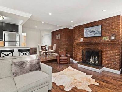 Photo for Gorgeous 1 Bedroom Steps to Central Park