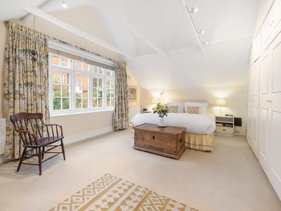 Photo for Charming, Traditional 3BR Cottage in Idyllic Hampstead, by Veeve