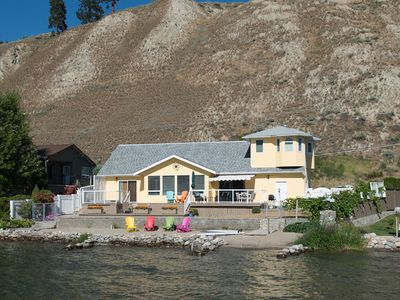 Photo for 80ft of private beach, lakefront with mountain views right on Skaha Lake!