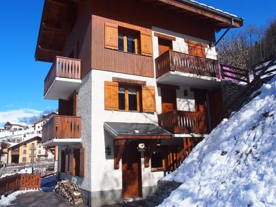Photo for Peisey Vallandry Apartment for 9 in chalet 100m RM Lonzagne Paradiski