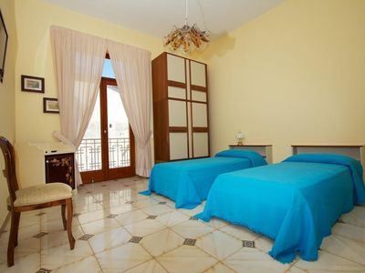 Photo for Holiday apartment Sorrento for 2 - 4 persons - Holiday apartment