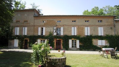 Photo for Large house of Maitre near Toulouse and Albi. For 1 or more families