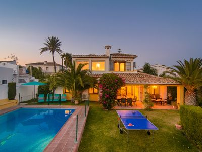 Photo for Typical beach house, ping pong table, pool (45m2), garden