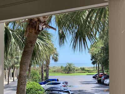 Very tasteful decorated Ocean View, Mini split AC, beach chairs included