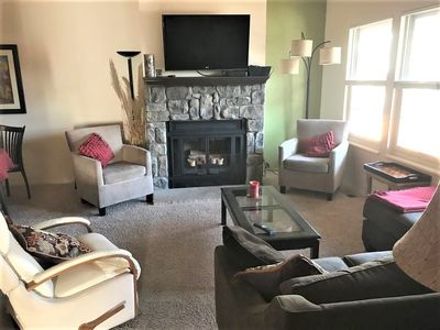 Family & Senior Friendly Patio Home - Convenient, Quiet, In Town Neighborhood