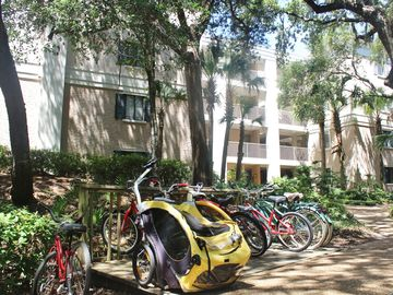Reduced Rates! Great Location & Rates! Beach Wood Condo ... Walk to Beach!