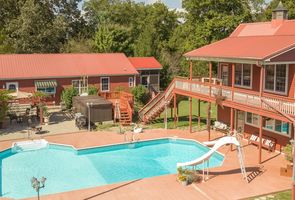 Photo for 3BR House Vacation Rental in Pleasant View, Tennessee