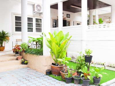 Photo for 7min to Asoke, Terminal21 on foot! Family friendly! 4Bedrooms House!
