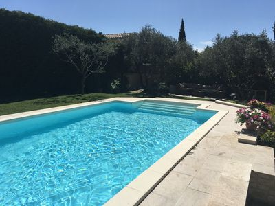 Photo for Only 6 kms from St Remy de Provence, charming Provencal villa for 6 Pers
