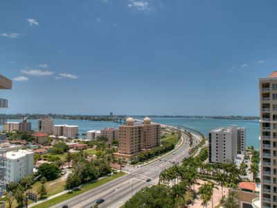 Photo for 11 Sunset Dr  with views of Bay, Bridge, right downtown