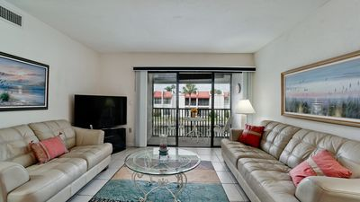 Photo for Runaway Bay unit 282! 2 Bed/2 Bath and Best Rates on Bradenton Beach!
