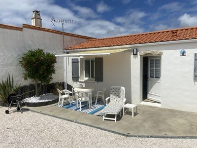 Photo for ILE DE NOIRMOUTIER PRETTY HOUSE IN A QUIET AREA, FEET IN THE WATER