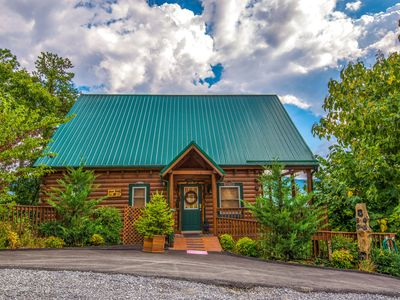Photo for Pigeon Forge Cabin - 1 Bedroom!