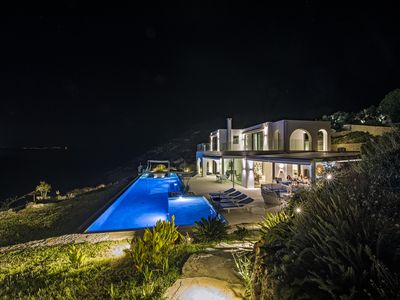 Photo for Waterfront Luxury Estate