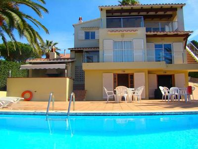 Photo for A classic family villa with large pool and terrace, situated in a quiet residential area............