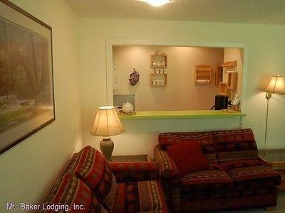 Photo for Apartment 38SW Deluxe Townhouse Style Condo in Mount Baker/Glacier - 6 persons, 2 bedrooms