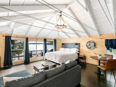 Photo for The Trace at Oak Lake - Luxury Lakefront Cabin