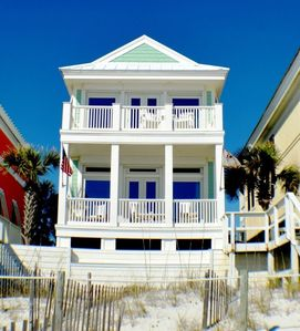 Photo for Spacious Gulf Front Home with Amazing Views! Steps to Beach Front Pool!