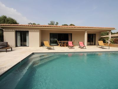 Photo for Villa with heated pool 10 minutes from Porto Vecchio in a quiet area