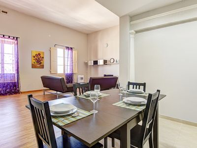 Photo for Stylish Sliema off the Ferries 2-bedroom Apartment
