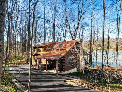 Photo for Gorgeous Hocking Hills Lake Front Cabin Right On Lake Logan - Near All The Sites