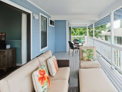 Photo for Family-friendly and beautiful ocean views! 2 miles to Kona & 1/2 mile to shore