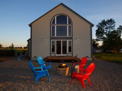 Photo for Carneros Barn House b/w Sonoma & Napa Sleeps 6: Vineyard, Chef's Kitchen & Bikes