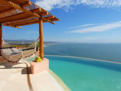 Photo for Stunning custom built villa in Real Del Mar