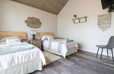 Photo for Flying Duck- Galloping Goose Cottages, Cozy and clean cottage near The Ark