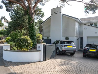 Photo for Stunning, recently re-modelled Sandbanks Holiday Home