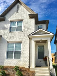 Photo for NEW!! OXFORD 3 Bedroom Townhouse, 1.7 miles to square