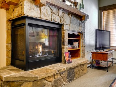 Photo for Cozy mountain condo w/ shared pool, fitness center, hot tubs, & ski shuttle!