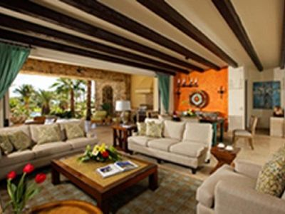 Photo for Relaxing 4 BR Villa w/ Free WiFi, Plunge Pool, Spa Services & Fitness Center