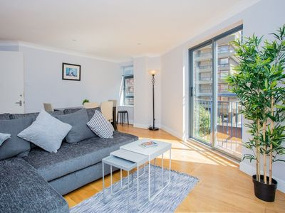 Photo for 2 Bedroom Flat In East London