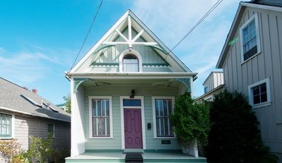 Sweet Pea - Pacific Grove Victorian - Walk to Beach and Town