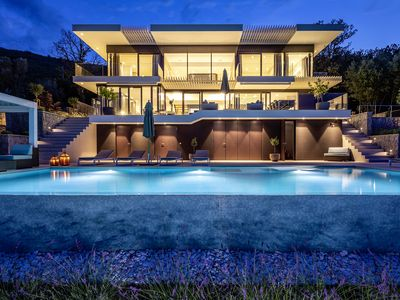 Photo for Luxurious pool Villa with stunning views in Croatia!